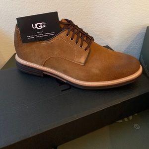 Men's UGG Shoe